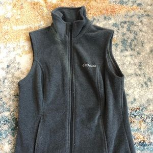 Columbia Women's Vest size S. In great condition